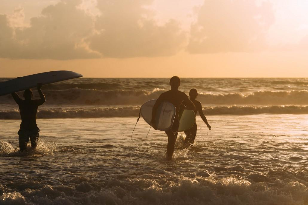 65._akyra_Beach_Club_Phuket_lifestyle_surfing_Natai_beach