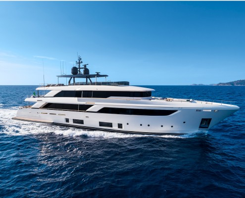 CustomLine_Navetta42New_Cruising-0007_34405
