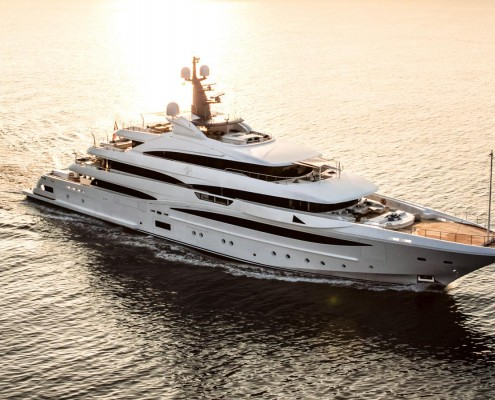 NONGwO6tQSOSd6Oxd4rM_Cloud-9-yacht-credit-maurizio-paradisi-crn-1600x900