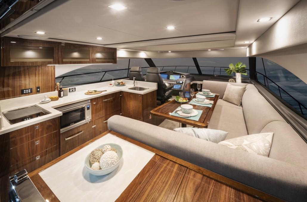 Riviera 4800 Sport Yacht Series II Platinum Edition Saloon 01
