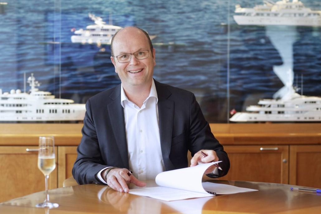 contractondertekening_Havenbedrijf_Amsterdam_-_Royal_Van_Lent_11_1620_1080_70