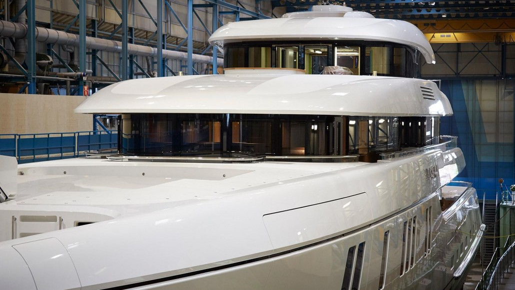 mvxvhCSgRSu8ti50VirE_Feadship-superyacht-hasna-launched-close-up-2560x1440